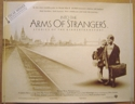 Into The Arms Of Strangers <p><i> (Academy Award Winner - Outstanding Documentary Feature) </i><p>